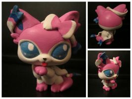 Sylveon Littlest Pet Shop custom by pia-chu