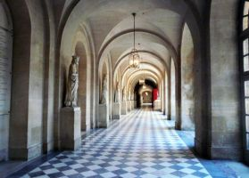 Corridor with statues by Mango84
