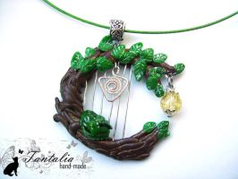 "Necklace ""Music of the forest"" by Tantalia"