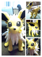 Jolteon plush by LRK-Creations