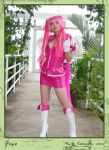 Yaya, Bubblegum Angel by phoxphoto