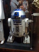 Star Wars the Exhibition - R2D2 by Jazzlednightmare16