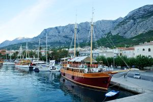 Calypso in Makarska 1 by wildplaces