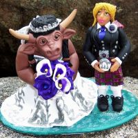 World of Warcraft Wedding Cake Topper by CreativeCritters