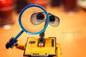 the magnifying glass- Wall.E by strehlistisch