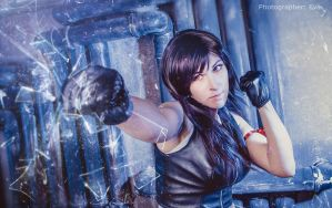 FFVII Advent Children: Tifa Lockhart punch by ElenaLeetah