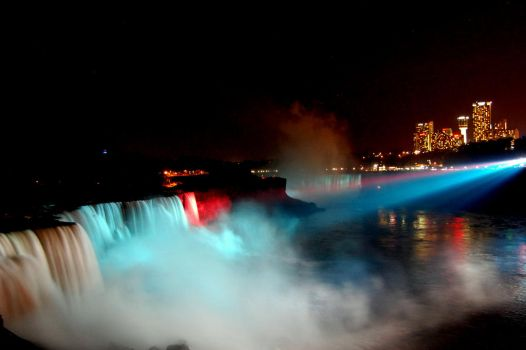 Niagara Falls by night by let-me-be-yours