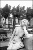Sad Girl - Pere Lachaise by thren0dy