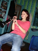 kaylee can play the clairnet by Din0saur