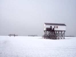 Winter in St. Peter Ording by Inilein