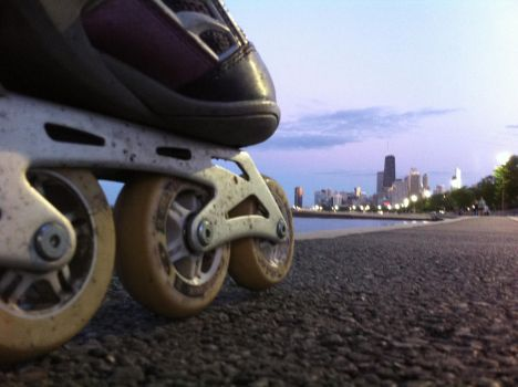 Taking On The Chicago Lakefront by RaCzarina