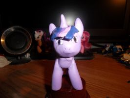 Twilight statuette finished 1 by McMesser