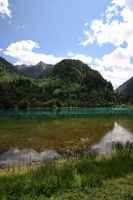Jiuzhaigou - Five Flower Lake by stinebamse