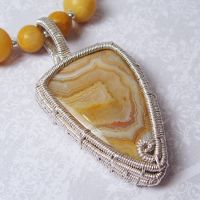 Crazy Lace Agate and Aragonite by sylva