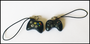 Xbox and PlayStation joypads by CookingMaru
