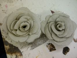 Clay Roses by WhatTheMell