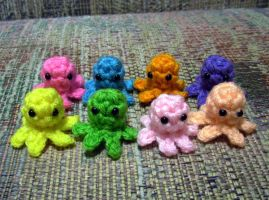 Ultra Tiny Squidlet Babies by happysquidmuffin