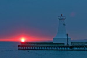 Sunrise on the Pier by robb-nelson