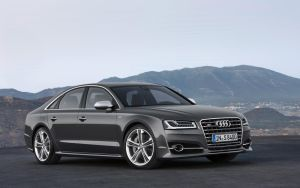 2014 Audi S8 by ThexRealxBanks