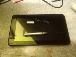 My tablet with the pen ^^ by LPS100