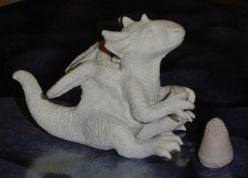 Dragon sculpture with stamp by VeroRamos