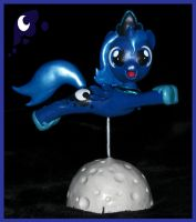 Little Woona Flier Head Turner by MadPonyScientist