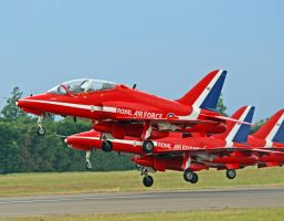 Red Arrows by rosswillett