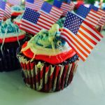 4th of July Cupcakes by Espevoirvee