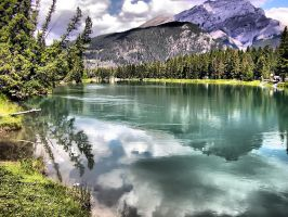 HDR Lake by elfullero