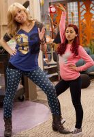 Mini Giantess Jennette McCurdy with Ariana Grande by misterwerder