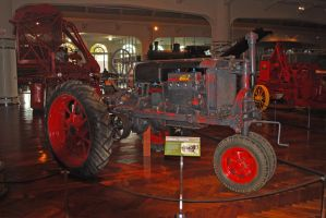 Farmall Tractor by eyepilot13