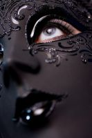 Masque by scarlettstvitus