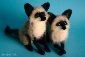 Bat eared foxes by SaniAmaniCrafts