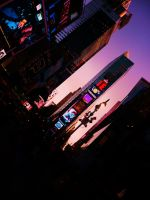 Times Square by izzybizy