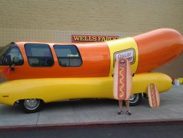 The Oscar Mayer Weinermobile by Chrismilesprower