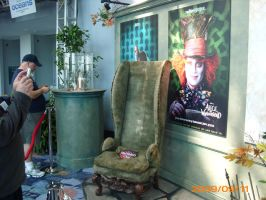 The Mad Hatter's Chair by FanOingo