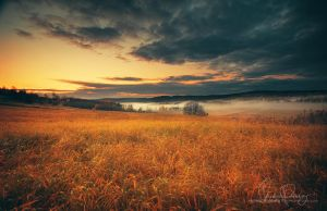Autumn sunrise by Stridsberg