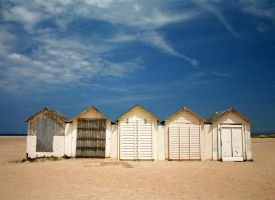 Huts by eighty-three