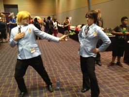 Ikasucon 2013 - Tamaki and Kyoya by GoodDokCosplay