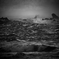 Raging Sea by Hengki24