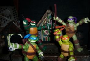 Teenage Mutant Gangnam Style Turtles by PsychosisEvermore