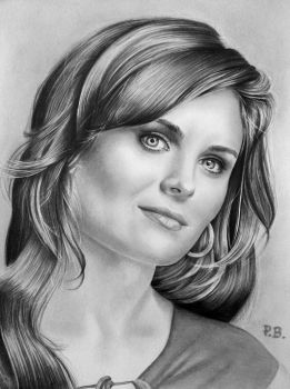 Emily Deschanel by Kenza-san