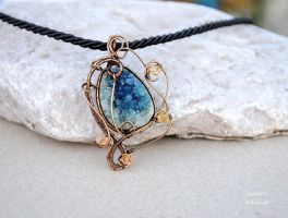 Turquoise Druzy Agate wire wrapped pendant - OOAK by IanirasArtifacts