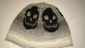 Skull hat by Noiraugu