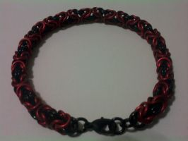 Byzantine Bracelet Red-Black by Silkyprime