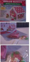 Hello Kitty Gingerbread house by AprilONeil1984