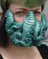 Cthulhu mask green by missmonster