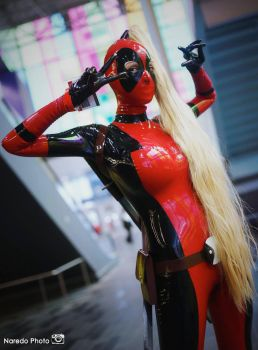Lady Deadpool... hot chick! by Ariane-Saint-Amour