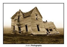 Old House 2 by numericnox