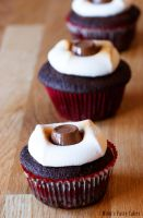 Calorie-Overflow-Cupcakes by Cailleanne